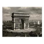 Vintage Arco del Triunfo 1943 de París Postal