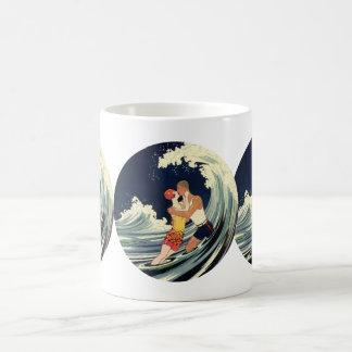 Vintage Art Deco Love Romantic Kiss Beach Wave Coffee Mug