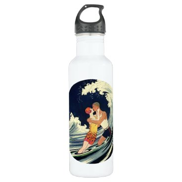YesterdayCafe Vintage Art Deco Lovers Kiss in the Waves at Beach Water Bottle