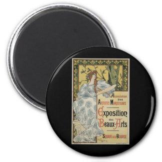Vintage Art Nouveau, Woman Artist with Palette 2 Inch Round Magnet