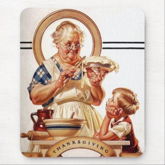 Vintage Art Thanksgiving Gift Mousepad