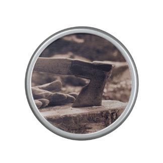 Vintage axe speaker