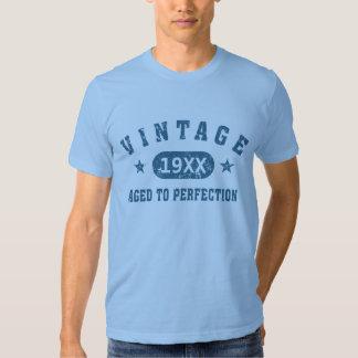 Vintage azul del texto envejecido a la camiseta de remeras