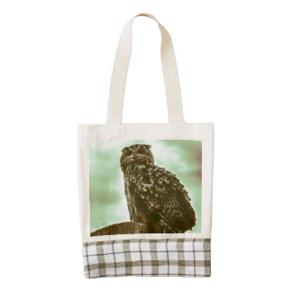 Vintage, beautiful owl zazzle HEART tote bag