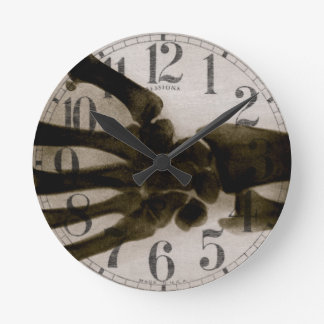 Vintage Black and White Human Hand X-Ray Round Wall Clock