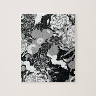 Vintage black, white and grey flowers and birds puzzle
