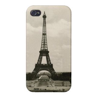 Vintage Black & White Eiffel Tower iPhone 4 Covers