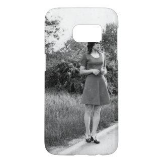 Vintage Black & White Photo of Mod Girl Samsung Galaxy S7 Case