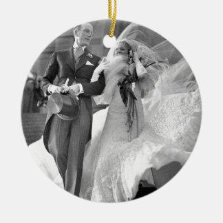 Vintage boda adorno navideño redondo de cerámica