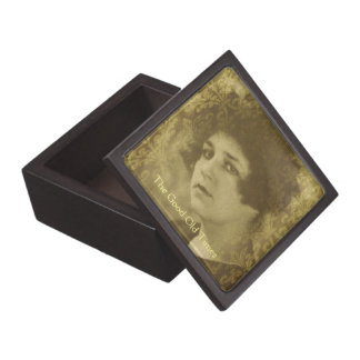 Vintage chic young woman portrait jewelry box