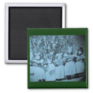 Vintage Christmas Carol Stereoview Card Magnet