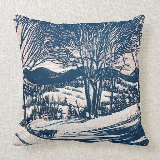 Урожай Рождества пейзаж, снег деревья горы подушка