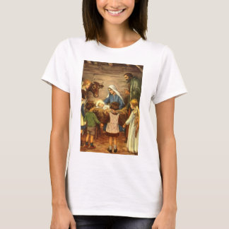 Vintage Christmas, Religious Nativity w Baby Jesus T-Shirt