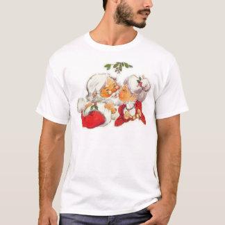 Vintage Christmas Santa Kissing Mrs Claus T-Shirt