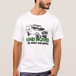 Vintage clásico del coche de Land Rover Landy que Playera