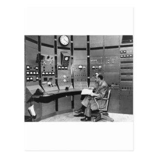 vintage-computer.jpg postal