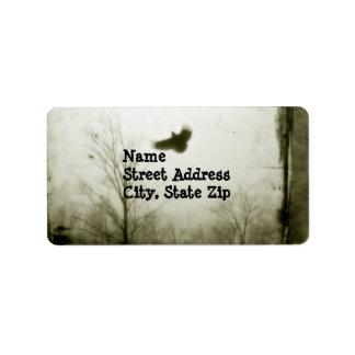 Vintage con el cuervo etiqueta de dirección