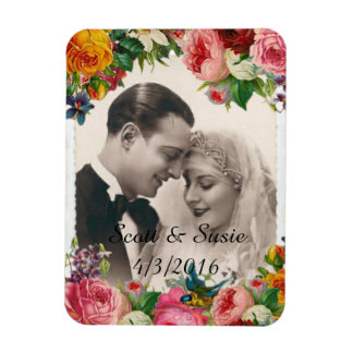 Vintage Couple in Love Wedding Roses Photo Magnet