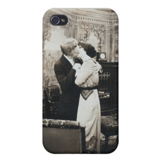 Vintage couple kissing cover for iPhone 4