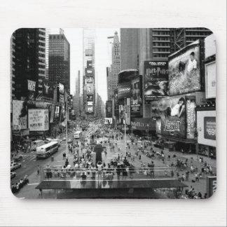 Vintage cuadrado de New York Times blanco y negro Tapetes De Raton