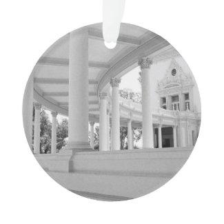 Vintage Curved Colonnade