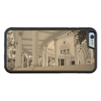 Vintage Curved Colonnade Carved® Maple iPhone 6 Bumper