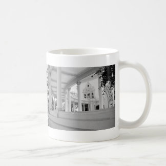 Vintage Curved Colonnade Classic White Coffee Mug