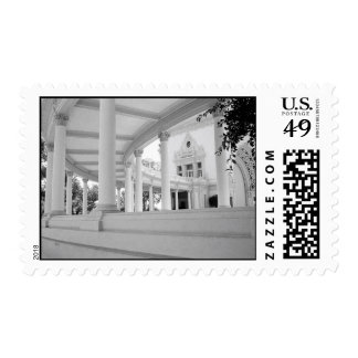 Vintage Curved Colonnade – Medium Postage