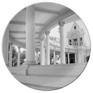 Vintage Curved Colonnade Porcelain Plate