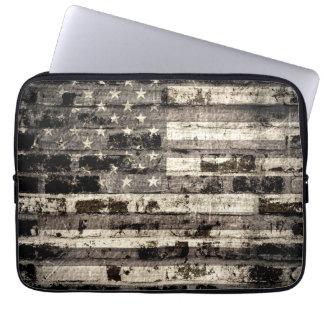 Vintage de la bandera americana fundas computadoras