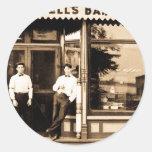 Vintage de la peluquería de caballeros de Bell Pegatina Redonda