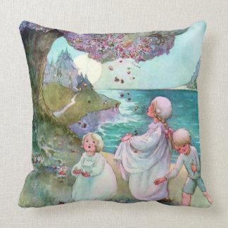 Vintage de los niños del árbol de ciruelo del azúc almohada