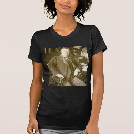 Vintage de Teddy Roosevelt de los alces de Bull T-shirt