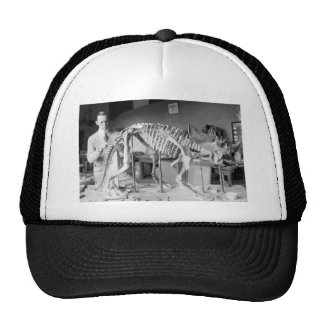 Vintage del dinosaurio del bebé del científico de  gorras de camionero