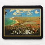 Vintage del lago Michigan Tapete De Ratón