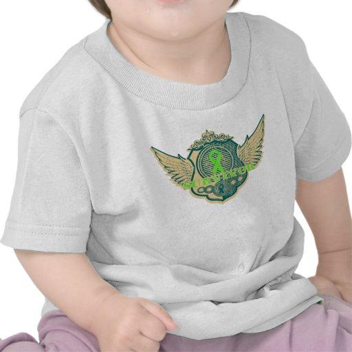 Vintage del superviviente del linfoma con alas camisetas