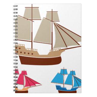 Vintage del vector de la nave de la vela spiral notebooks
