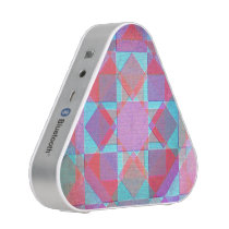 Vintage diamonds and squares pattern bluetooth speaker