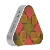 Vintage diamonds and squares pattern speaker