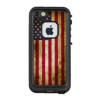 Vintage Distressed American Flag LifeProof FRĒ iPhone SE/5/5s Case