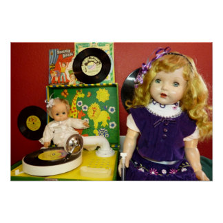 Vintage dolls and record player print