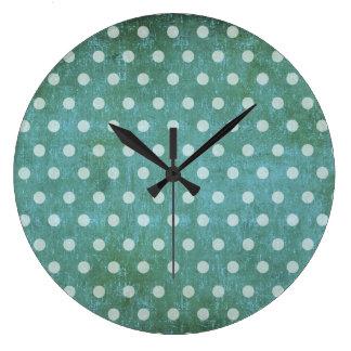 vintage dots clock
