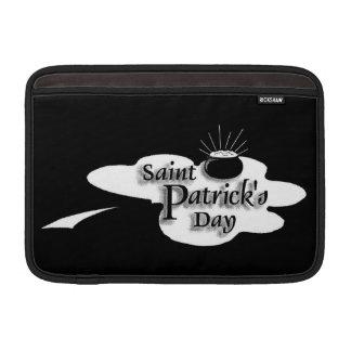 Vintage: El día de San Patricio - Fundas MacBook