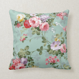 Vintage Elegant Pink Red Roses Pattern Throw Pillow