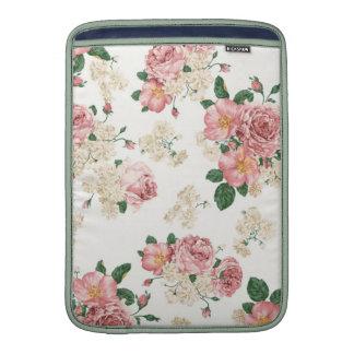Vintage Elegant Pink Roses Pattern MacBook Air Sleeves