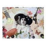 Vintage elegante dama con sombrero, rosas y cartas postal