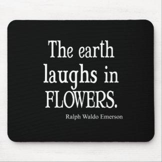 Vintage Emerson que la tierra ríe en cita de las f Alfombrillas De Raton