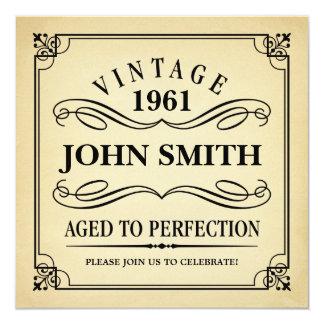 """Vintage envejecido al cumpleaños divertido de la invitación 5.25"""" x 5.25"""""""