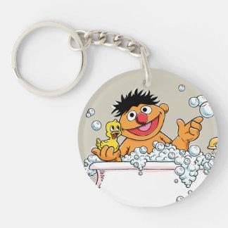 Vintage Ernie en bañera Llavero Redondo Acrílico A Doble Cara