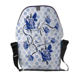 Vintage exclusive purse messenger bag